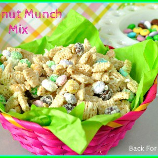 Coconut Easter Minch Mix #snack #coconut #whitechocolate #chexmix