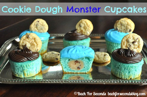 Cookie Dough Stuffed Monster Cupcakes https://backforseconds.com #cupcakes #blue #cookiedough