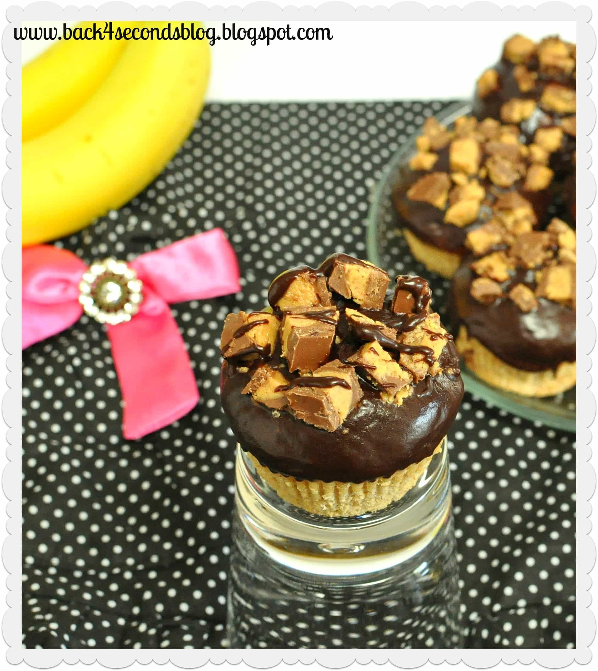 Ganache Topped Peanut Butter Cup Muffins @BackForSeconds #muffins #cupcake #peanutbutter #chocolate #reeses