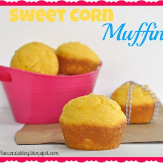 Sweet Corn Muffins #easy #muffins #cornbread