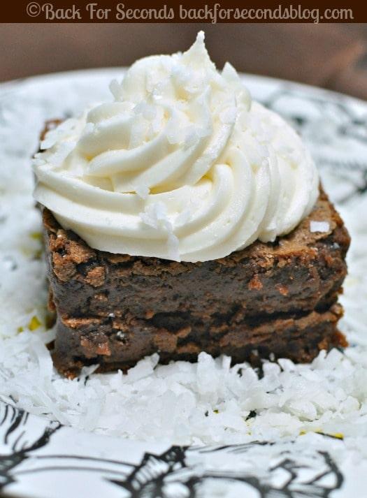 Coconut Cream Brownies  @Backforseconds  #brownies #coconut #frosting