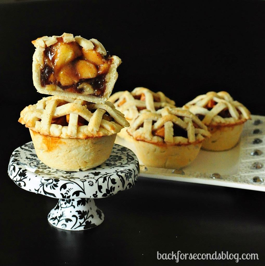 Easy Individual Apple Pies