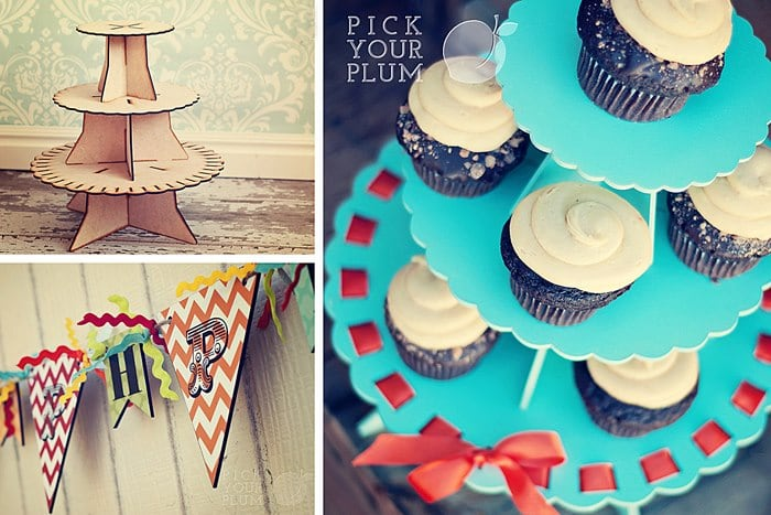 Pick Your Plum Giveaway cupcake stand