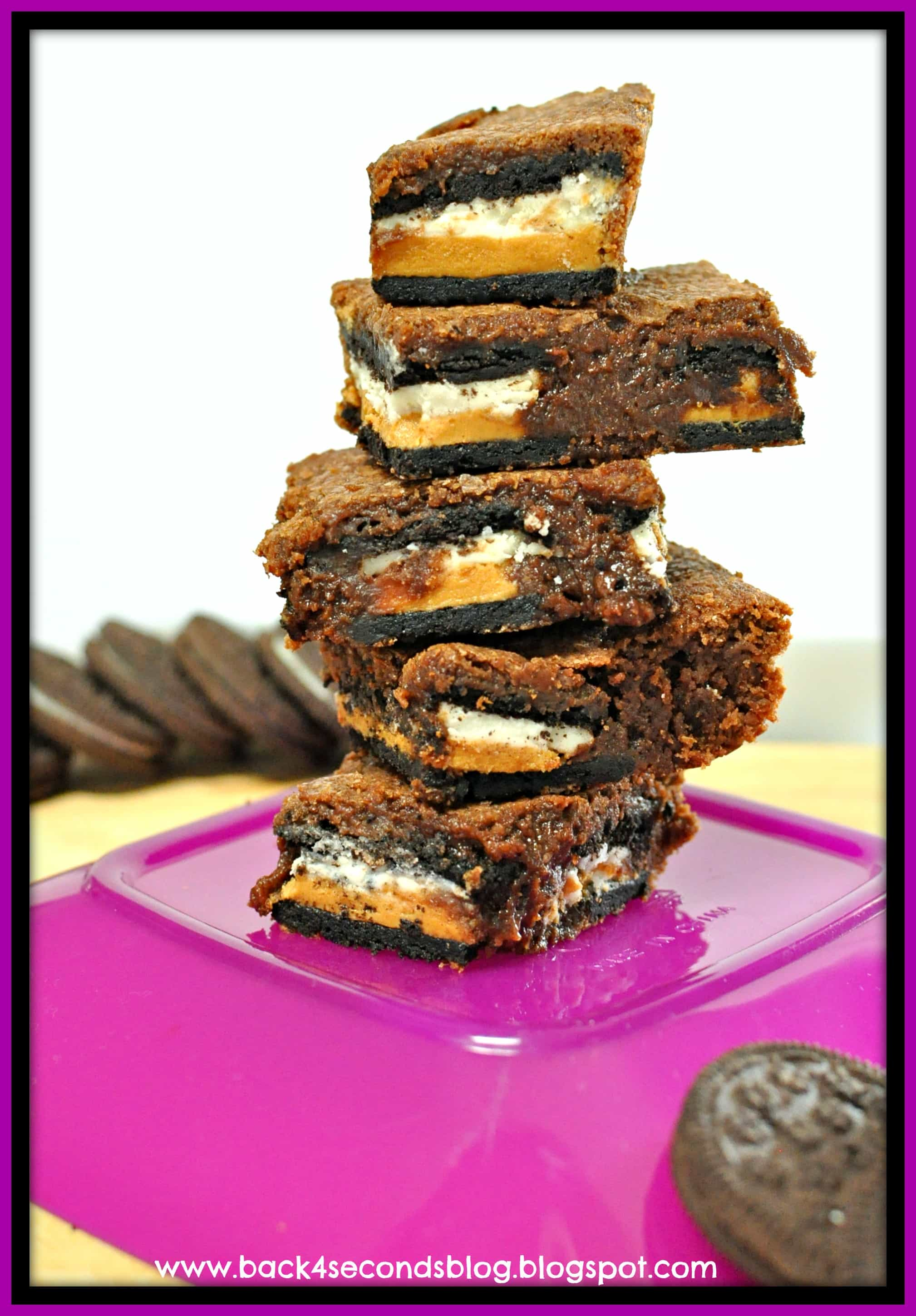 Double Stuffed Brownies - These are dangerously delicious!! https://backforseconds.com  #brownierecipe #chocolate #oreo #peanutbutter
