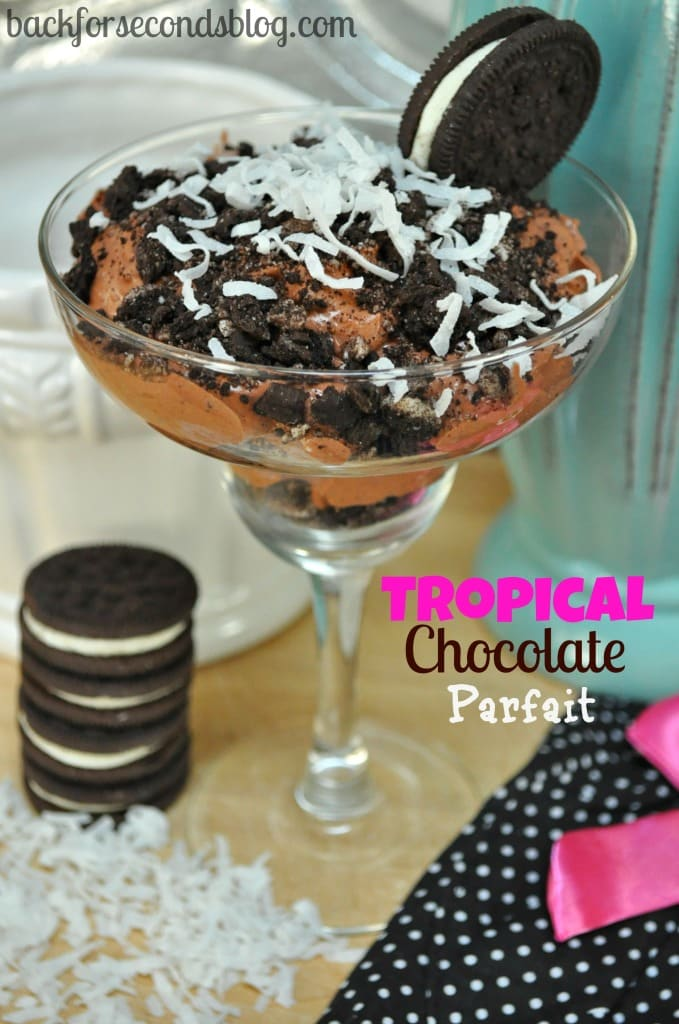 Tropical Chocolate Parfait @Backforseconds http://backforsecondsblog.com  #coconut #chocolate #parfaits #oreo #pudding