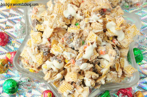 Butterfinger & Toffee Candy Crunch Mix @BackForSeconds #chexmix #partyfood #snack