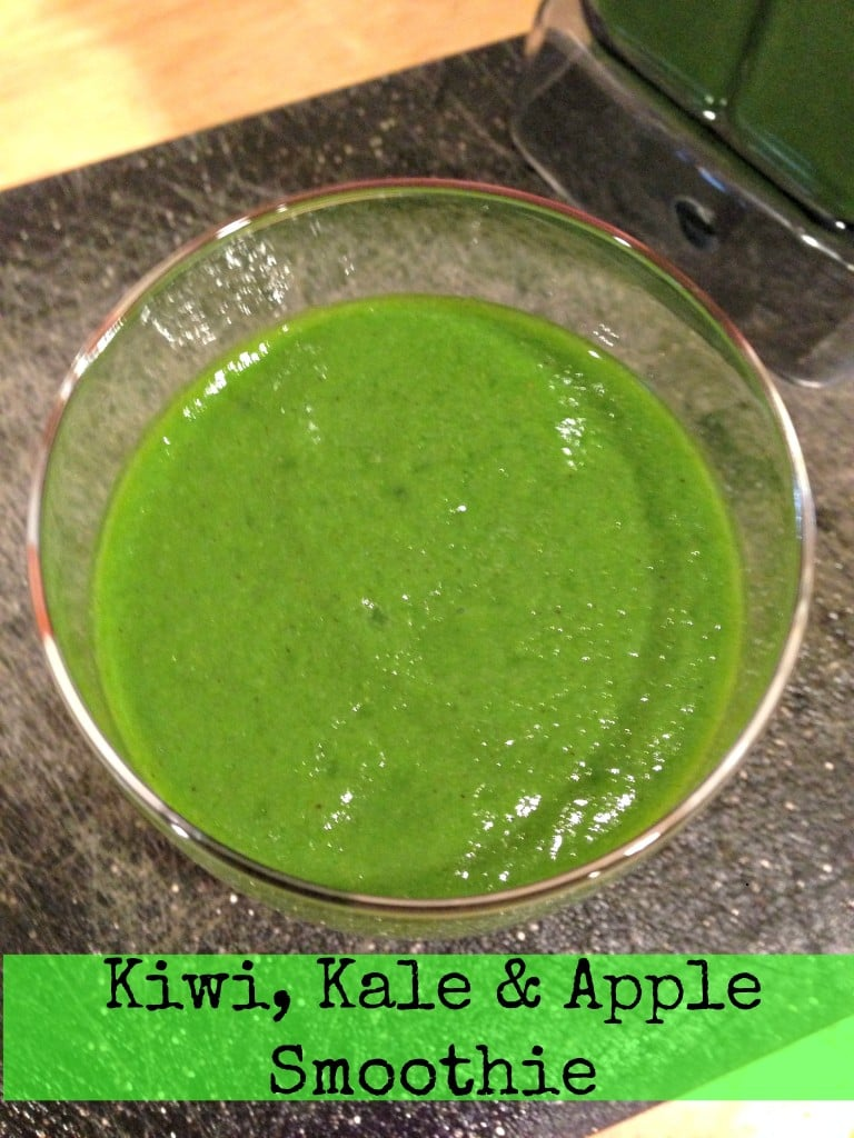 Kiwi-Kale-Apple-Smooth-The-Tasty-Fork