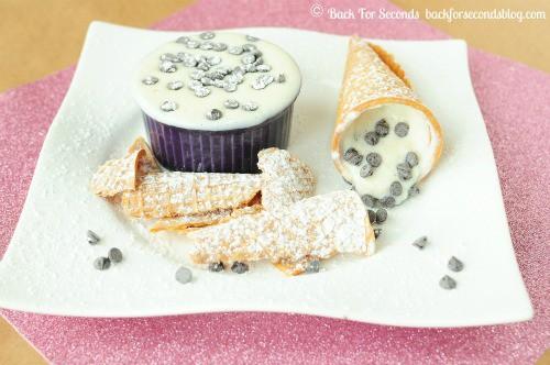Skinny Cannoli Dip @BackForSeconds #healthy #dip #snack #nobake backforsecondsblog.com
