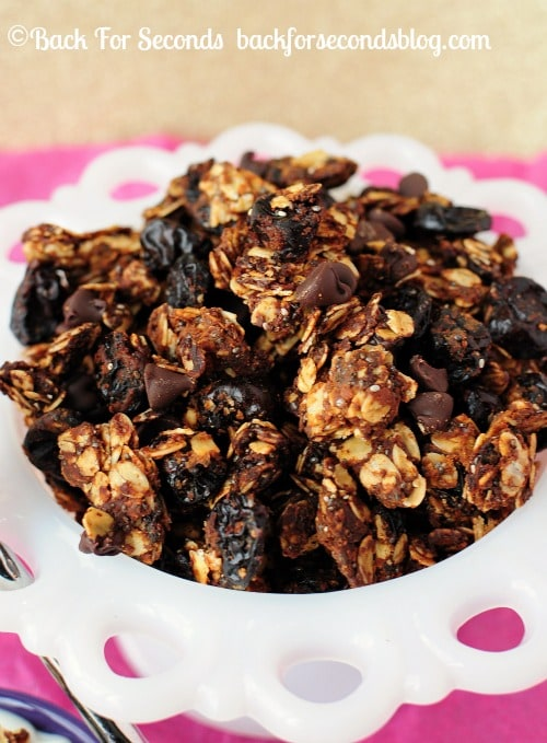 Skinny Cherry Chocolate Peanut Butter Granola by Back For Seconds #healthy #chocolate #peanutbutter #snack #breakfast https://backforseconds.com