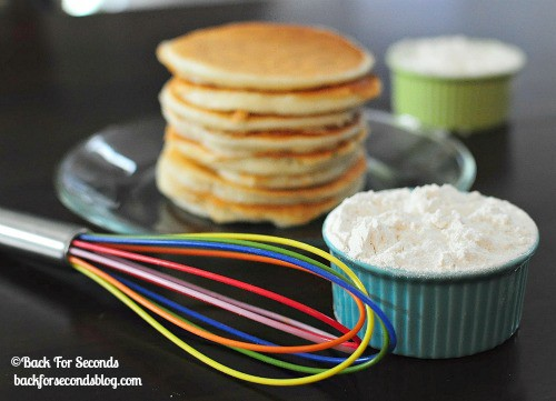 Easy Homemade Instant Pancake Mix @BackForSeconds #breakfast #pancakemix #recipe #freezermeal