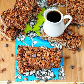 Maple Chocolate Cinnamon Granola Bars