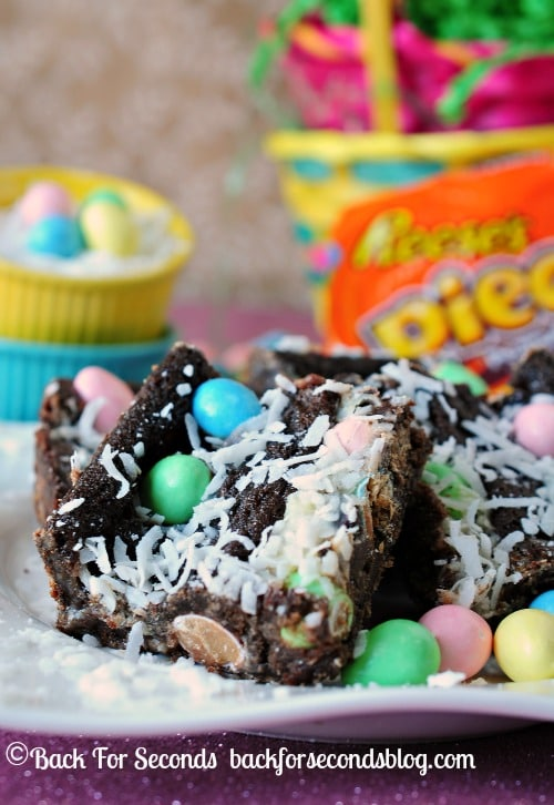 Easter Egg Magic Gooey Bars http://backforseconds.com  #recipe #easter #chocolate #reeses