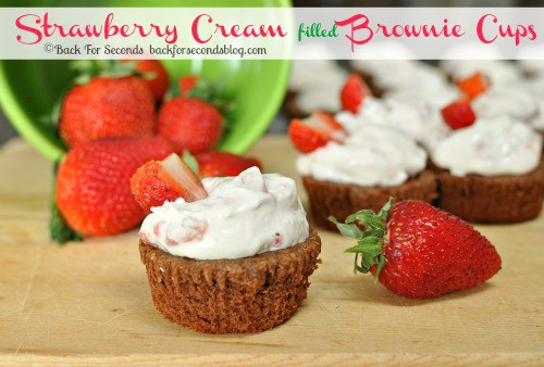 Strawberries and Cream Filled Brownie Cups @BackForSeconds #dessert #chocolate #strawberry #brownie
