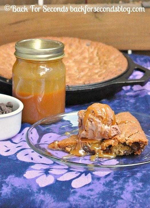 Salted Caramel Deep Dish Cookie Pie http://backforseconds.com  #pie #dessert #saltedcaramel