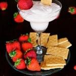 Skinny Strawberry Cheesecake Dip