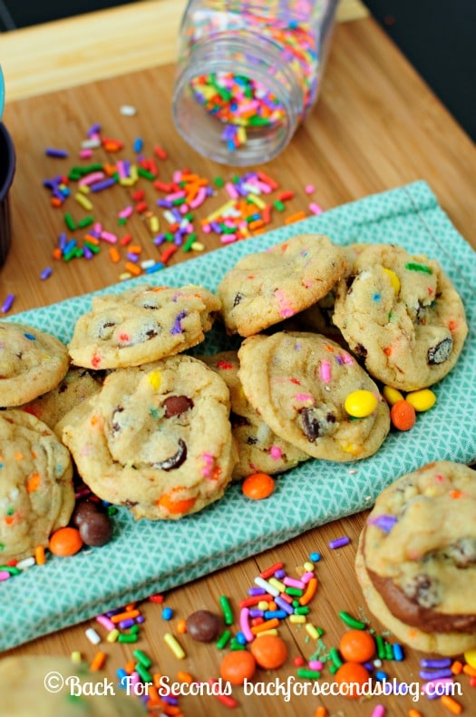 Soft and Chewy Funfetti Birthday Cake Cookies - Cake batter cookies (made without cake mix) loaded with sprinkles and other happy mix-ins! http://backforsecondsblog.com  #cakebatter #funfetti #sprinkles #reeses @Backforseconds