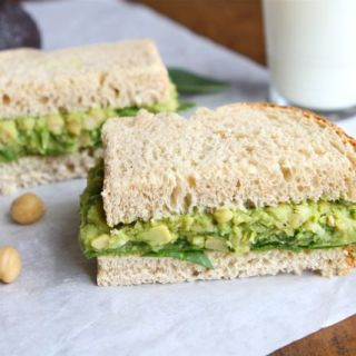 smashed-chickpea-avocado-salad-sandwich2