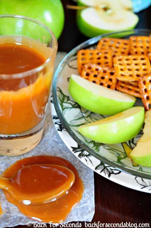 Easy Homemade Caramel Dip - This is the BEST caramel (or salted caramel) I've tried! NO candy thermometer needed!!  http://backforsecondsblog.com  #caramel #carameldip  #naturalcaramel