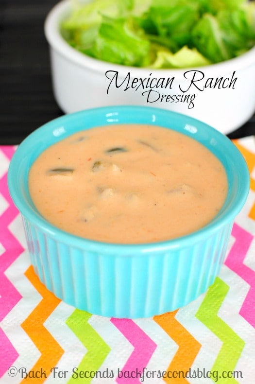 Easy Mexican Ranch Salad Dressing - AWESOME on salads, chicken, wraps, and more! #saladdressing #ranch #mexicanranch