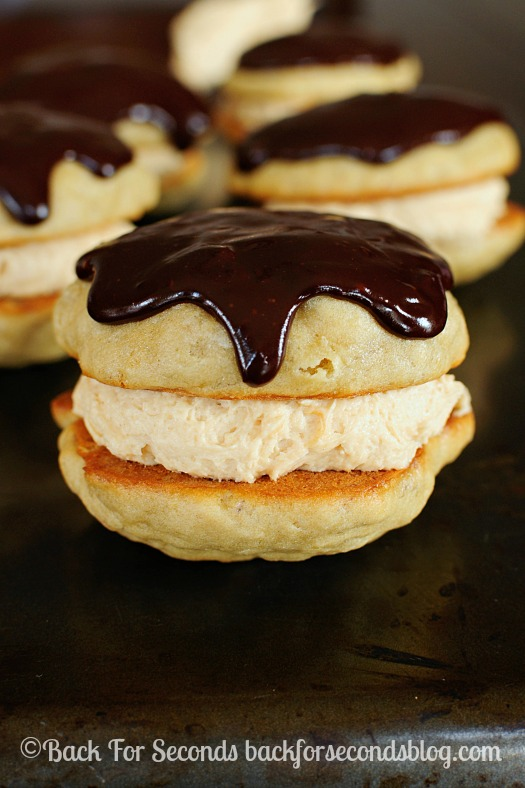 Homemade Banana Whoopie Pies with Peanut Butter Cream Filling - These ...