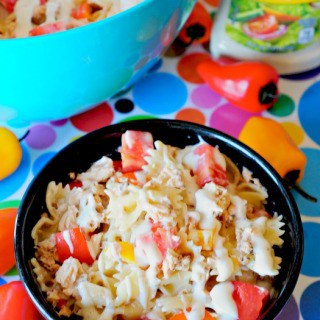 pasta salad made with ranch dressing
