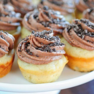 Banana Cupcakes with Chocolate Oreo Frosting