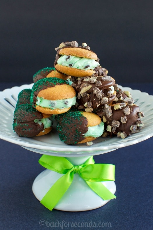 No Bake Mint Chocolate Chip Sandwich Cookies