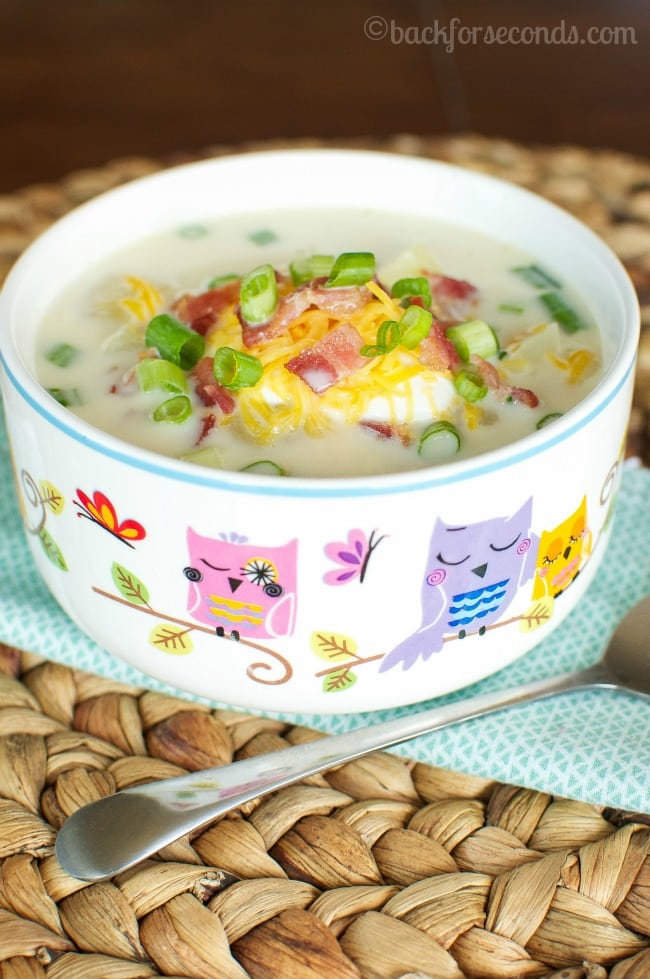 Loaded Baked Potato Soup - Tastes amazing and takes just 20 Minutes!!