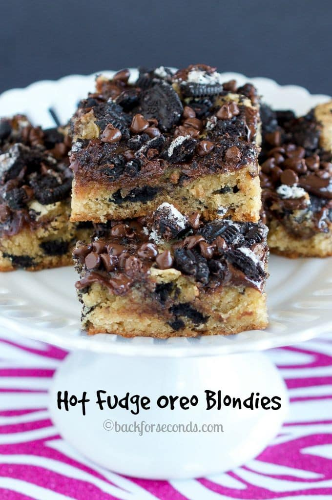 Hot Fudge Oreo Blondies - Oh my goodness, these are INCREDIBLE!