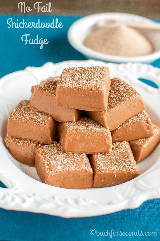 This Easy Cinnamon Snickerdoodle Fudge is the perfect recipe for you if you think you can't make fudge. Creamy, no fail, and tastes like a snickerdoodle!