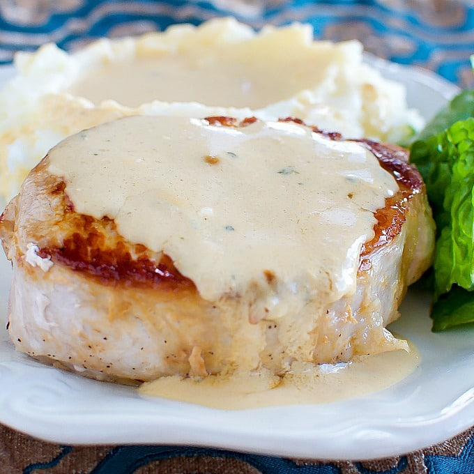 how to cook pork chops and gravy