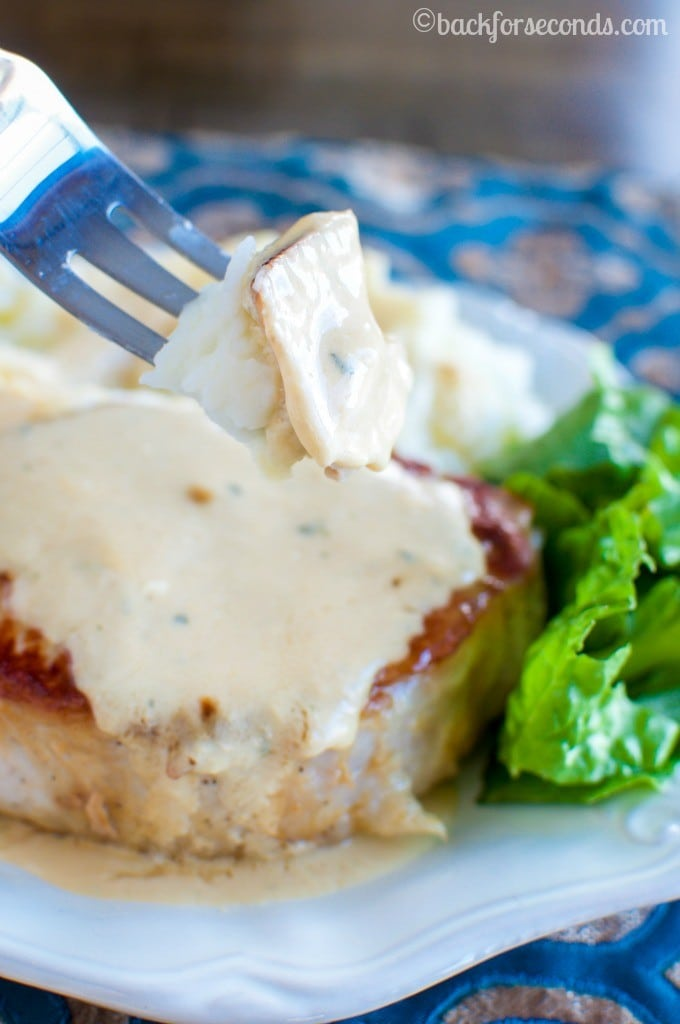 BEST Pork Chops and Creamy Pan Gravy- an Easy Delicious Dinner!