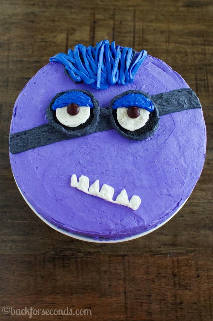 purple-minion-birthday-cake
