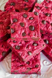 Red Velvet Chocolate Chip Bars