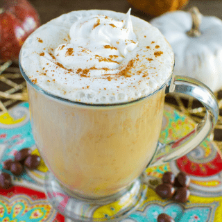 Easy Homemade Pumpkin Spice Latte #pumpkin #coffee #pumpkinspice #homemadepumpkinspicelatte